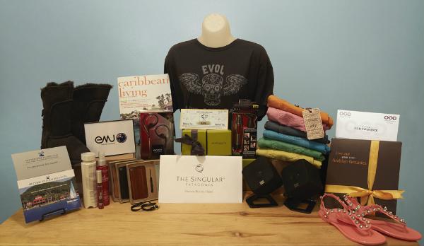 2012-05-27-2BBMA_Gift_Bag.jpg