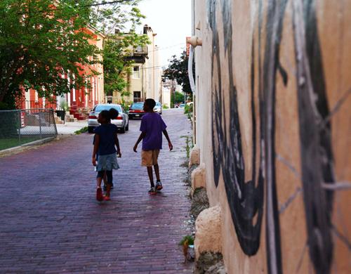 2012-05-29-brooklynstreetartjetsonoramajaimerojoopenwallsbaltimore0512web13.jpg