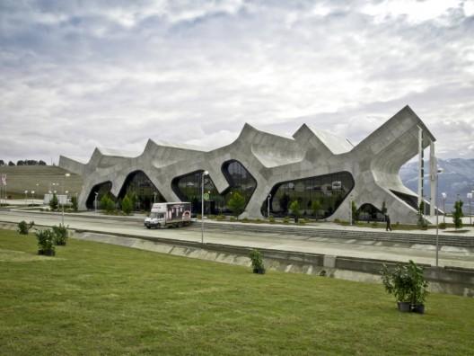 2012-06-01-arch1.jpg