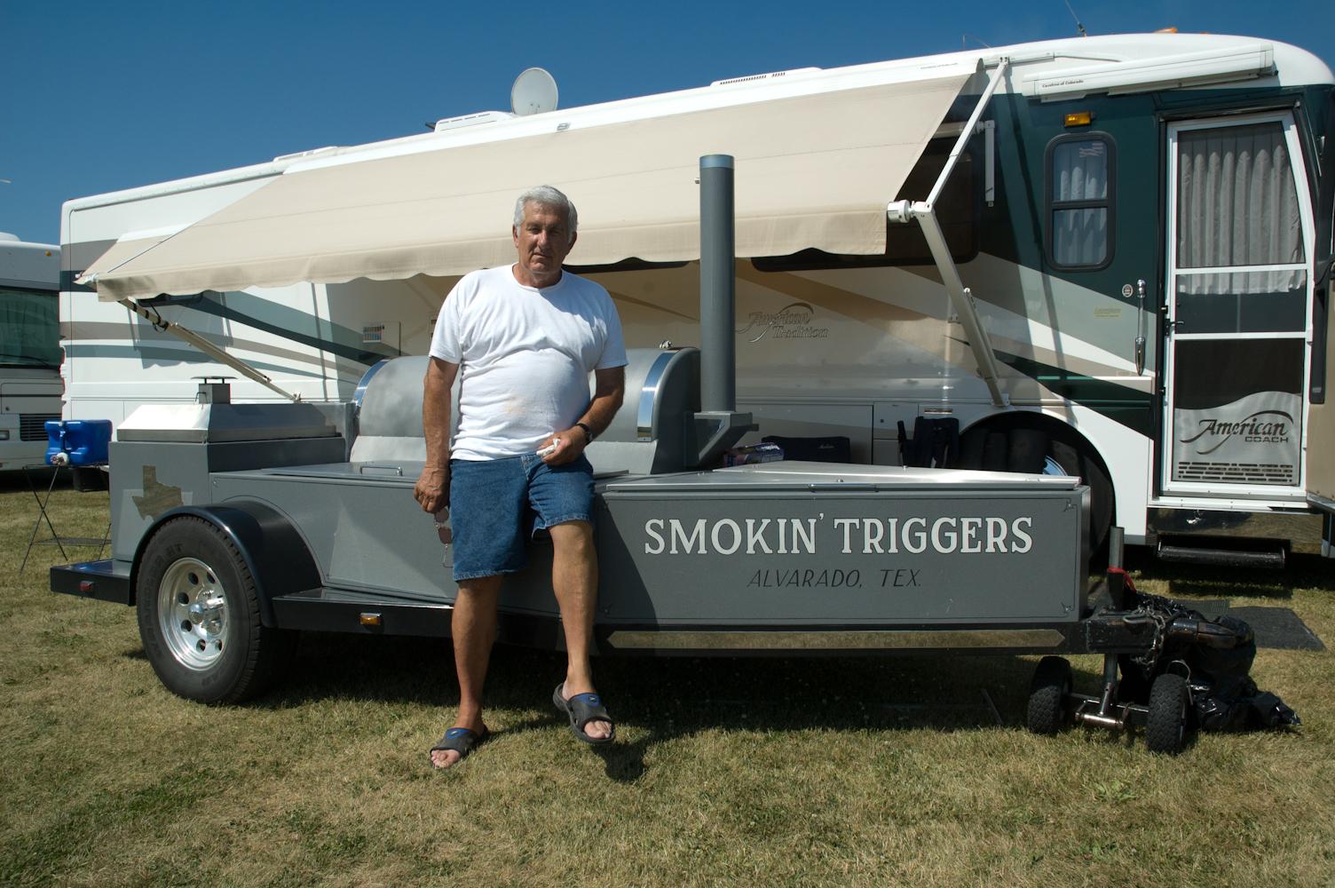 Jambo Backyard Smoker : Jambo Barbeque Pits httpwwwpic2flycomJambo+Barbeque+Pitshtml