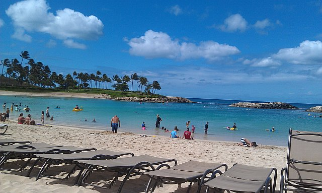 2012-07-02-Hawaii_Beach_June_2012.jpg