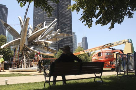 Nancy Rubins'Monochrome for Chicago, 2012 in mid-construction.