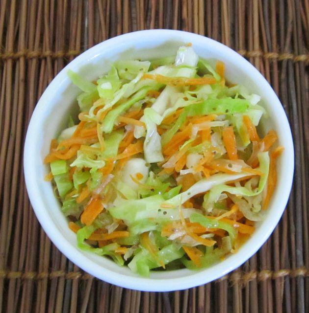 2012-07-03-coleslawfinishedinramekin.jpg