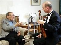 2012-07-21-ViolinArmStretchedResized4.jpg