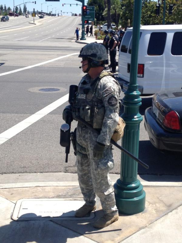 2012-07-31-realAnaheimpolice-AzAH9FwCcAA7ifU.jpg