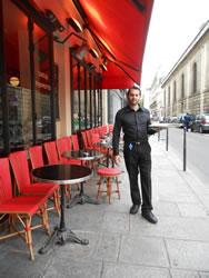 2012-08-01-waiter.jpg