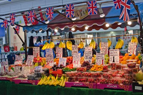 2012-08-02-fruitstall.jpg