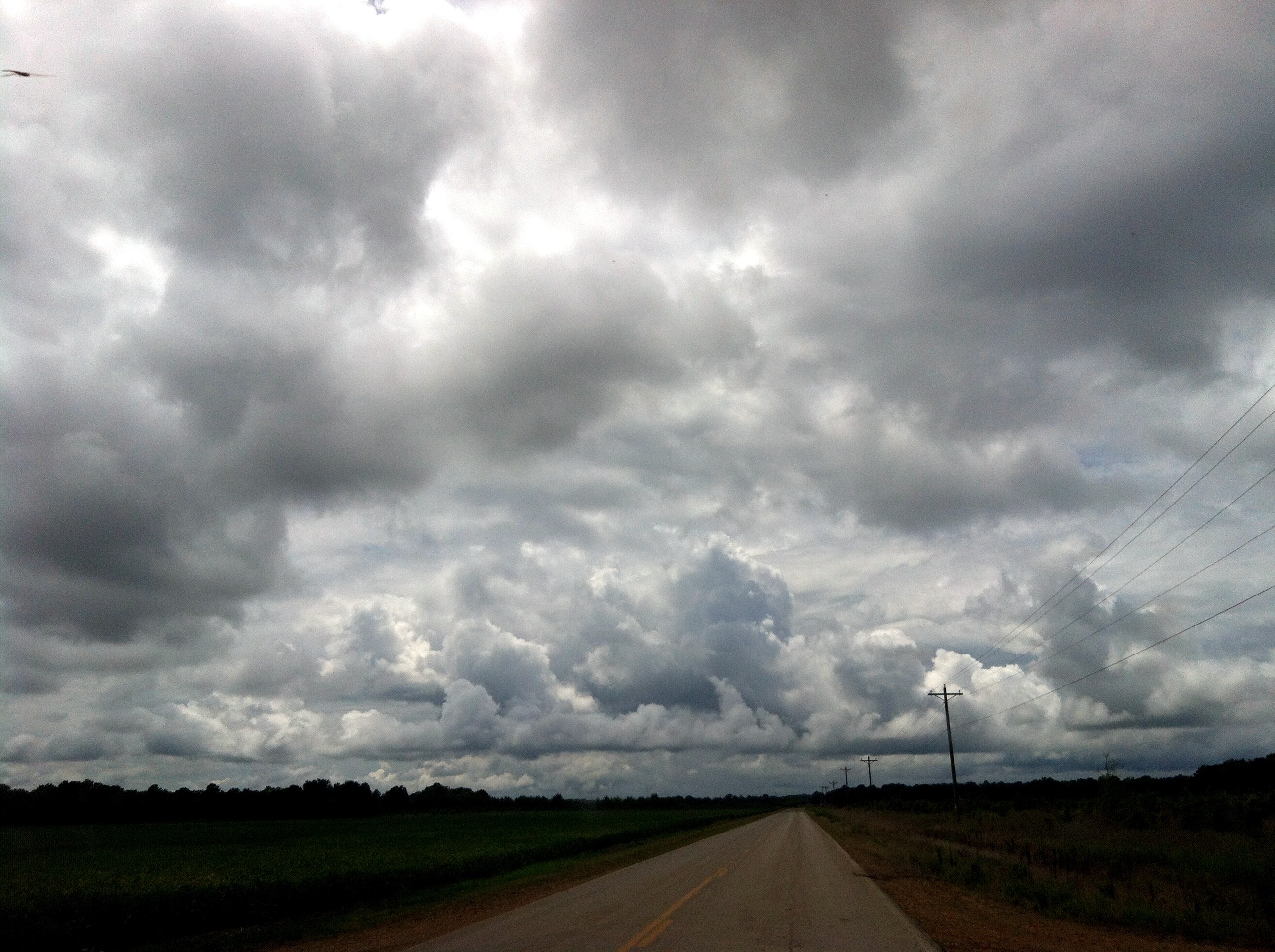 2012-08-03-threateningclouds.JPG