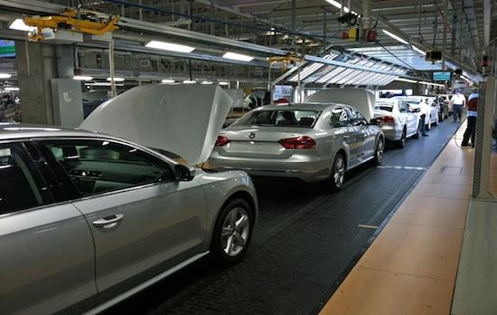 2012-08-07-VolkswagenU.S.FactoryPassat.jpg