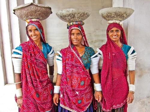 2012-08-08-WorkingWomen.jpg