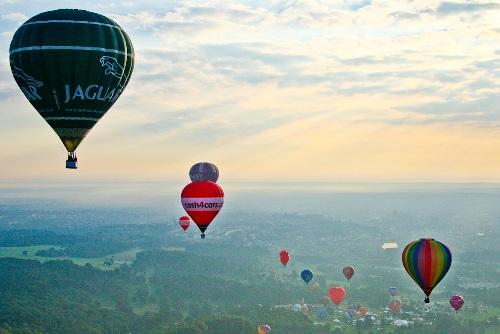 2012-08-11-Balloonsinair.jpg