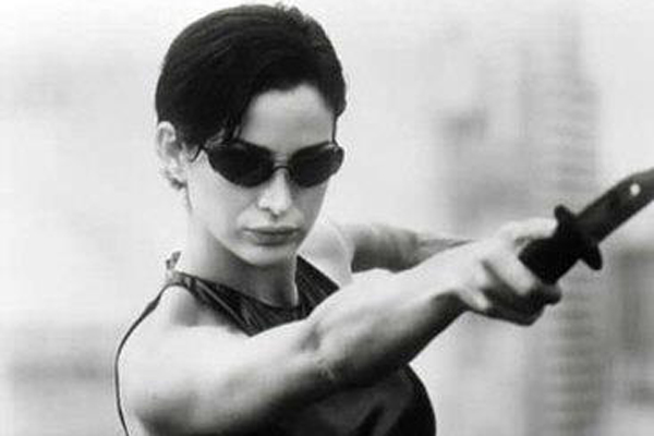 2012-08-20-carrieannmoss.jpg