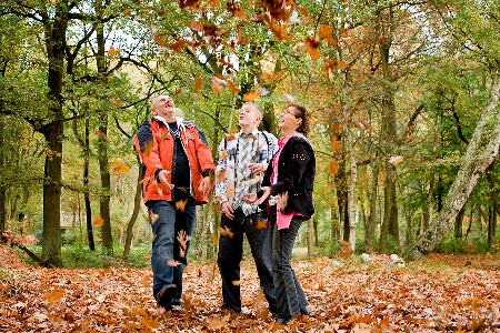 2012-08-20-family_fall_foliage.jpg