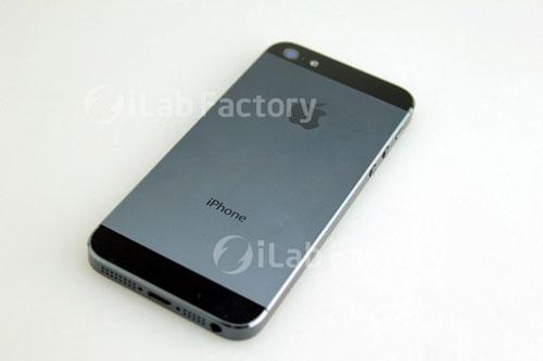 2012-08-21-iphoneilabfactory.jpg