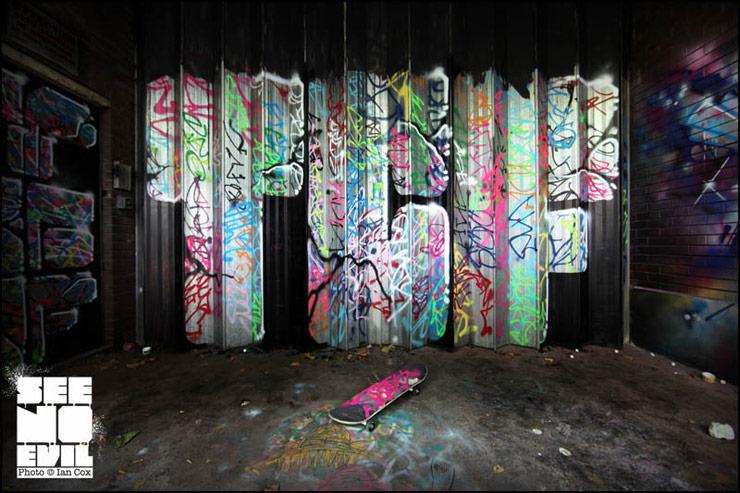 2012-08-29-brooklynstreetartTCFcrewiancoxseenoevil0812web4.jpg