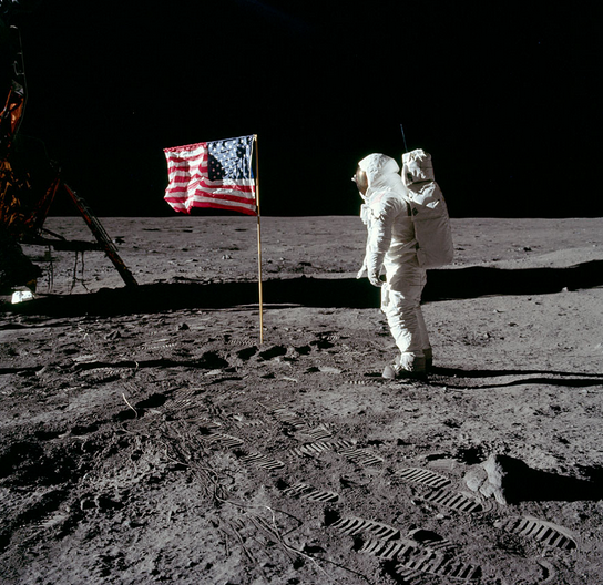 2012-08-30-Apollo_11.png