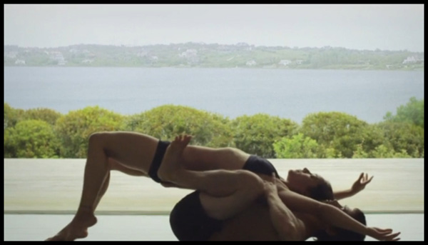 Yoga The Ultimate Couple S Therapy Huffpost