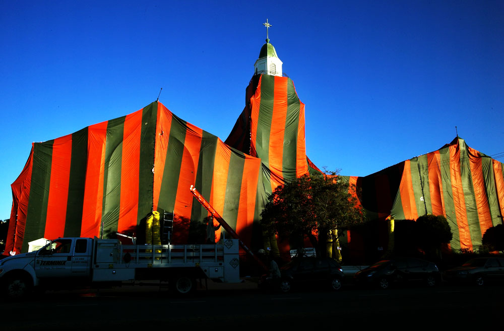 2012-09-03-ChurchTent.jpg