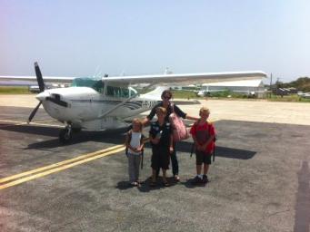 2012-09-03-flighttoUtila.jpg