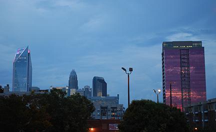 2012-09-03-skyline002sm72.jpg