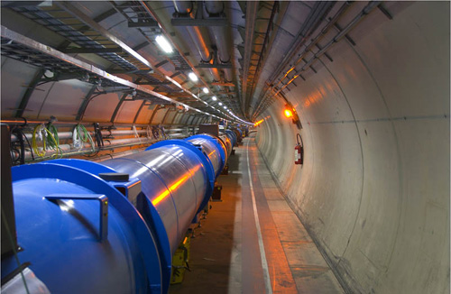 2012-09-04-LHC_hall.jpg