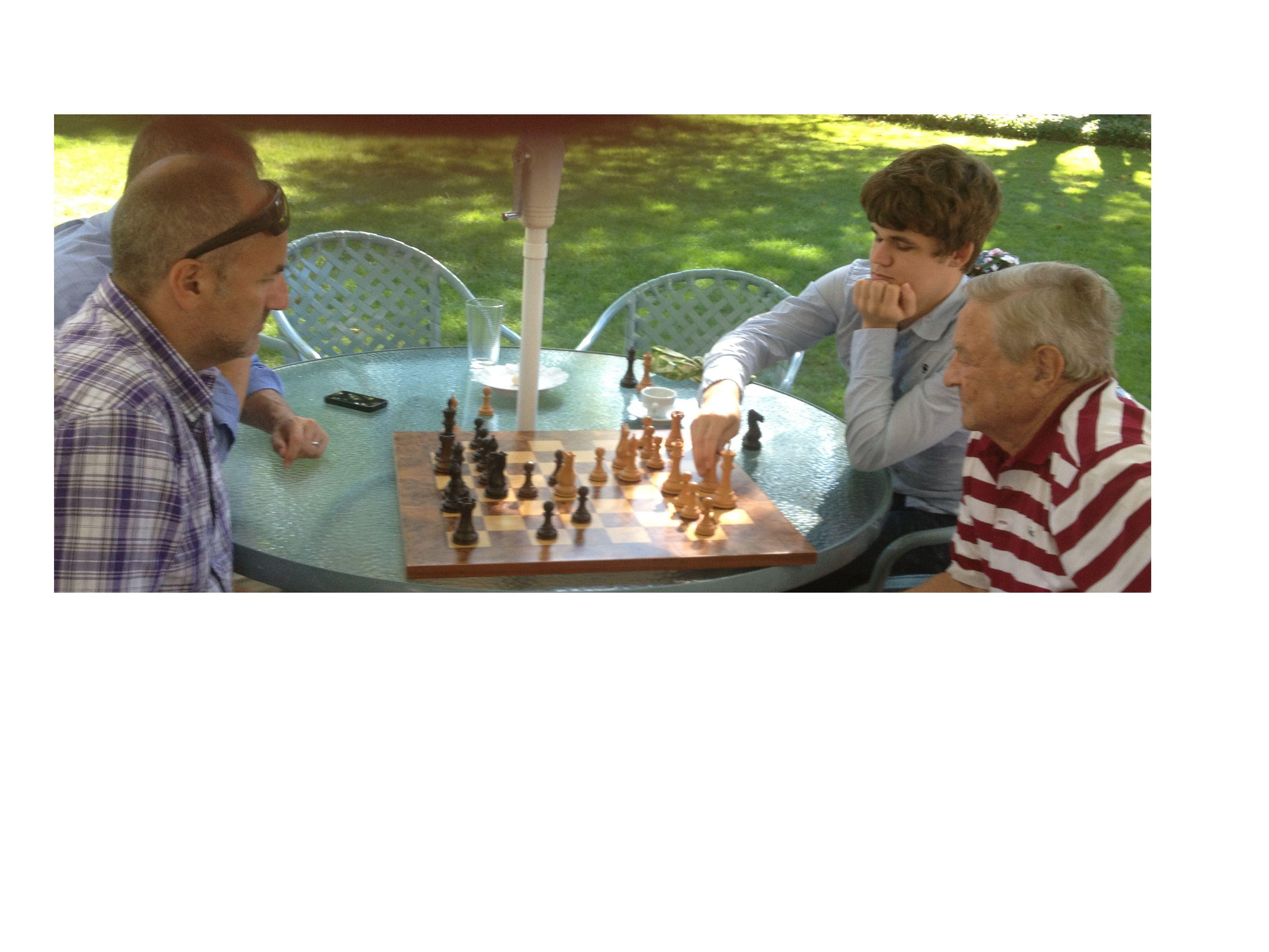 2012-09-05-CarlsenSoros.jpg