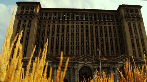 2012-09-05-DETROPIA_filmstill7_trainstation_byTonyHardmon.jpg