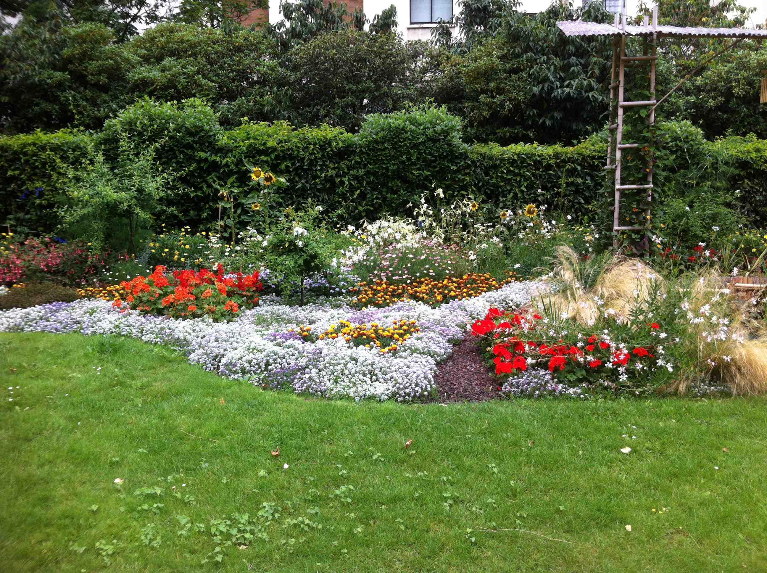 2012-09-05-GardenPic.jpg