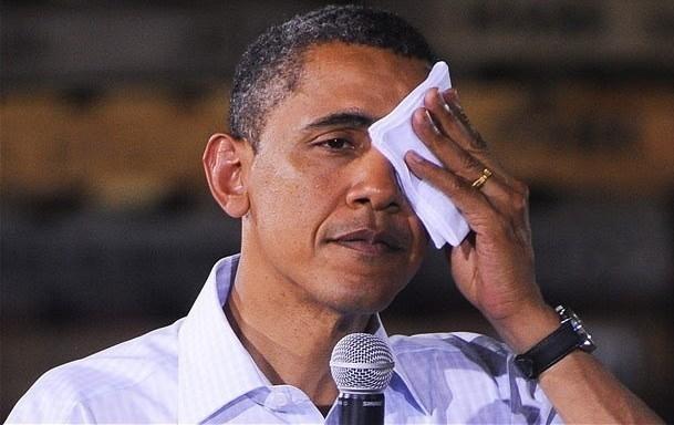 2012-09-10-Obamawipingsweat.jpg