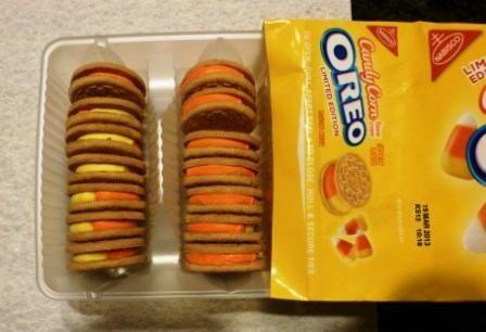 2012-09-11-CandyCornOreos.jpg