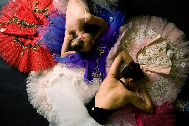 2012-09-11-multipletutus2dancers.jpg