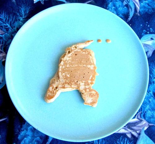 2012-09-13-pancakenethplatesml.JPG