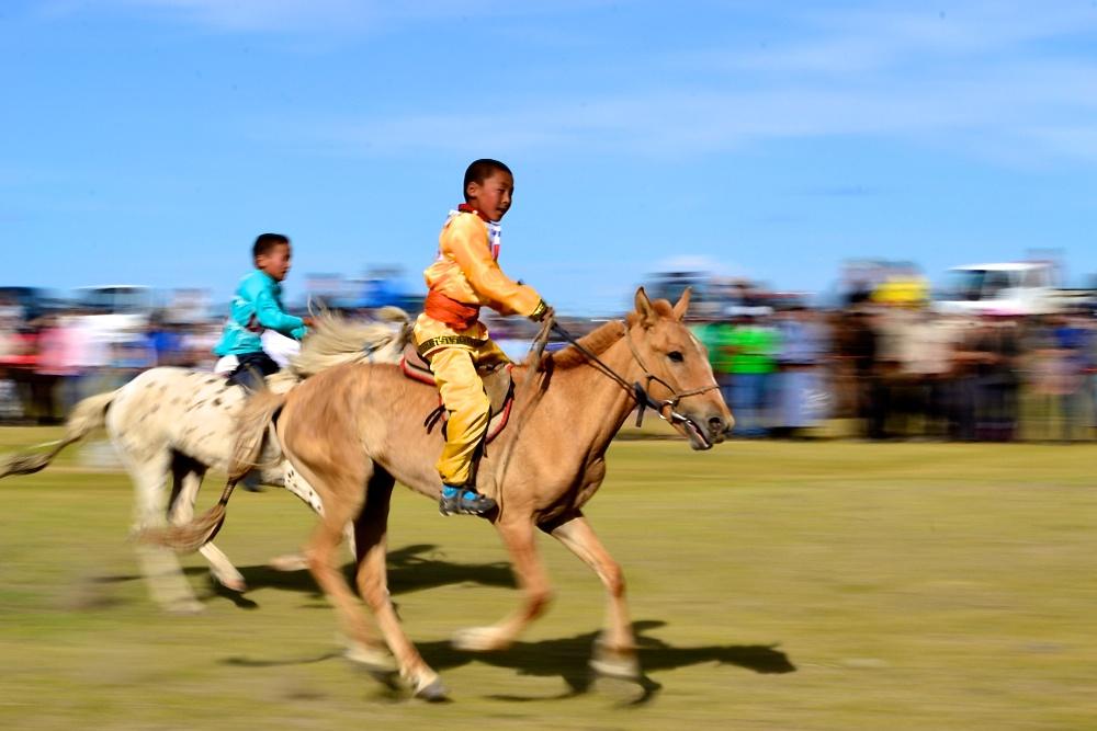 2012-09-18-MongoliaNaadam.jpg