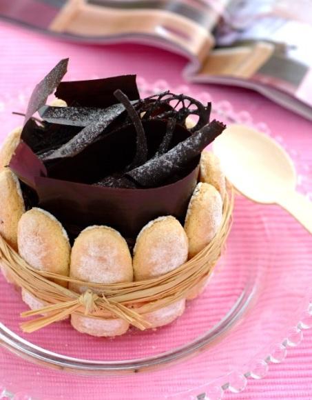 2012-10-04-charlotteauchocolat.jpg