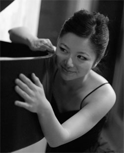 pianist vicky chow in new york