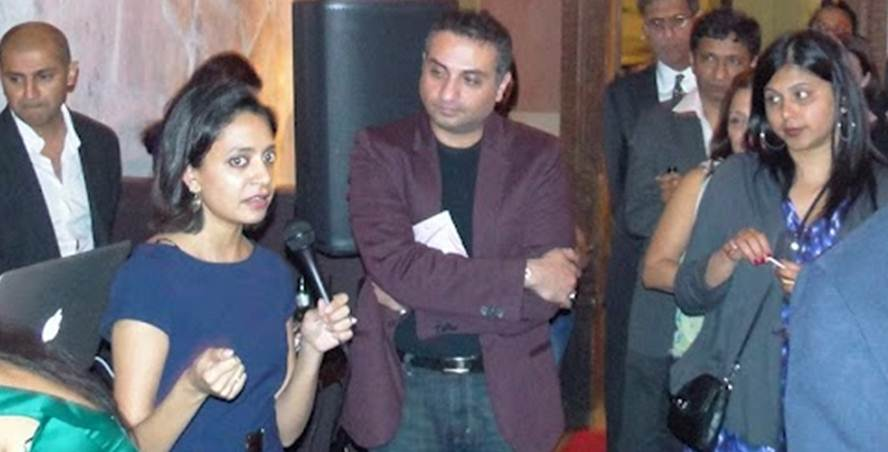 2012-10-06-Akanksha_Foundation_Wows_NYC_Crowd_G.jpg
