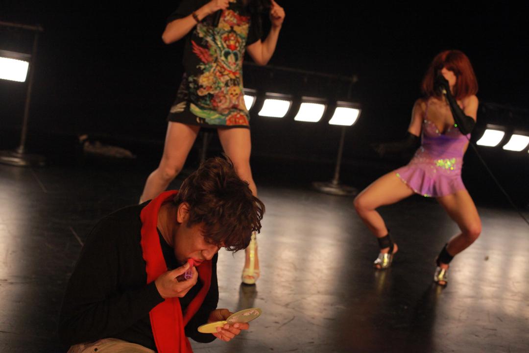 2012-10-08-mimosakitchenpaulacourtsmall.jpg