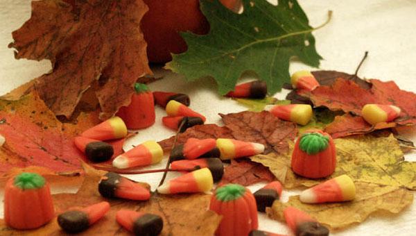2012-10-11-halloweencandysales.jpg