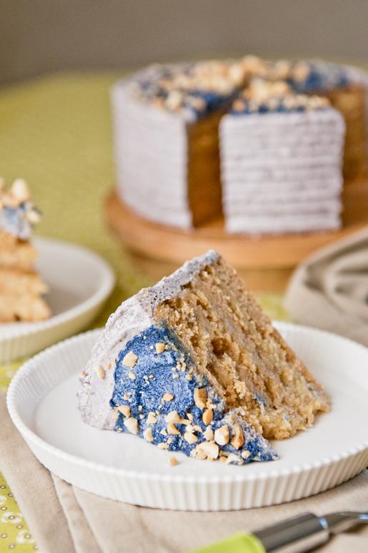 2012-10-14-cake_peanut_butter_banana_finale.jpg