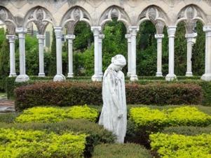 2012-10-16-cloister.jpg