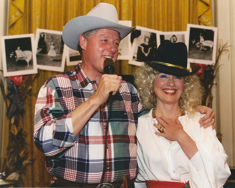 2012-10-22-TheClintonsascountrywesternsingersattheir1995HalloweenpartyforHillarysannualbirthdaybash.NationalArchive.jpg  sc 1 st  HuffPost & White House Halloween: Jackie Kennedy FDR Reagan Hillary and More ...