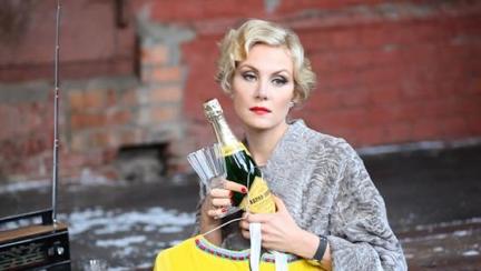 2012-10-24-RenataLitvinova.png