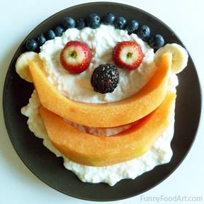 2012-10-26-images-Funny_Food_Art_BiggrinLLR.jpg