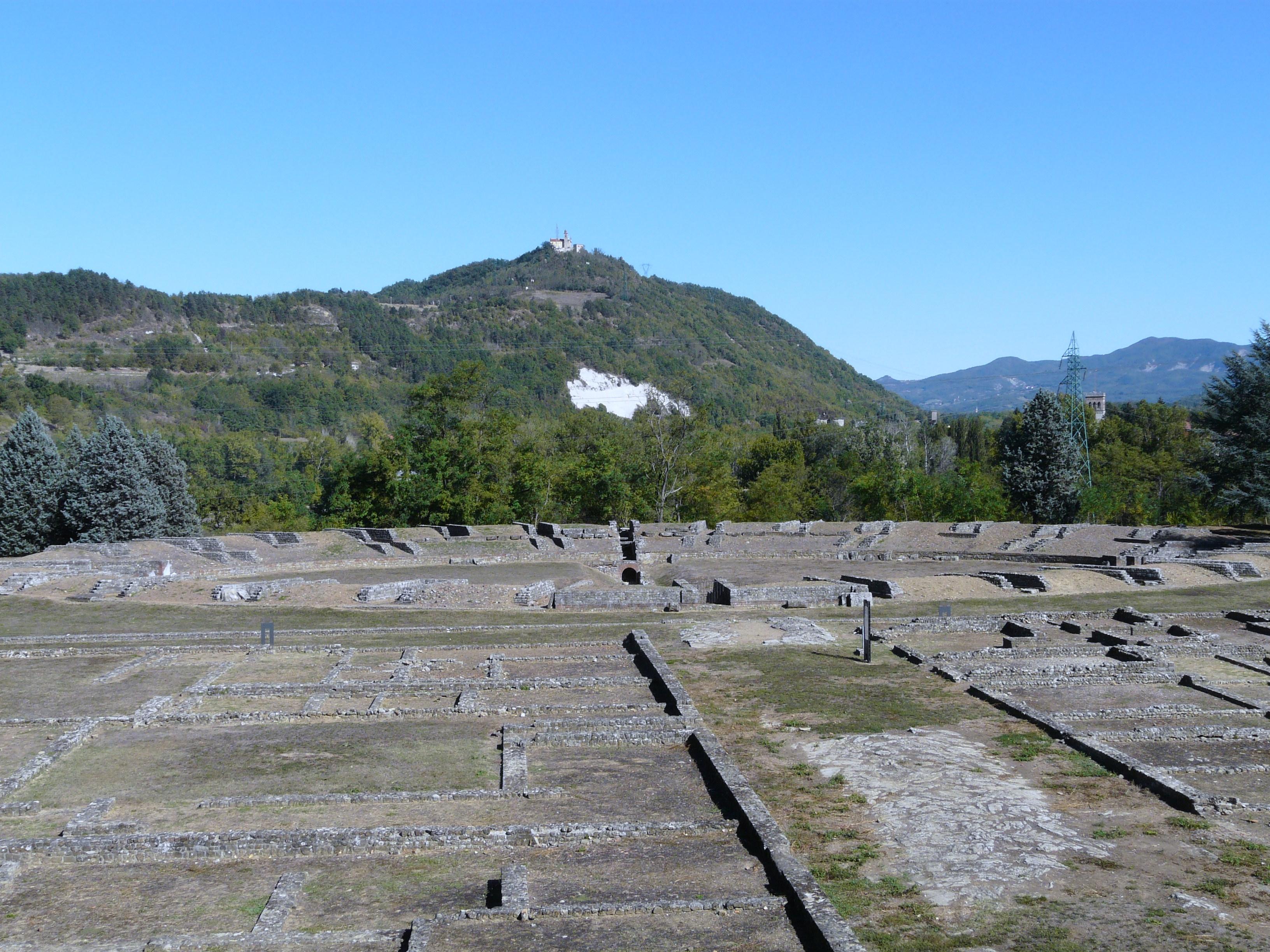 2012-10-29-Libarna_Serravalle_Scriviaarea_archeologica_e_rinvenimenti_citta_romana3.jpg