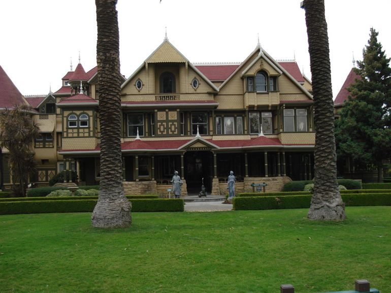 2012-10-29-WinchesterHouse.jpg