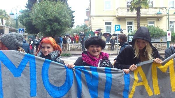 2012-10-29-rivadelgardacorteo2.jpg