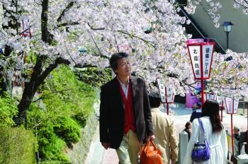 2012-10-30-tabioku_main.JPG_cmyk.jpg