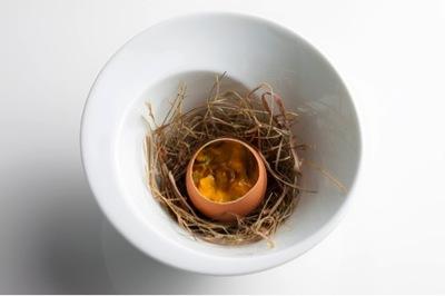 2012-10-31-eggsdabbous.jpg
