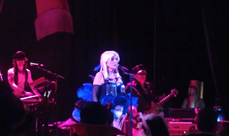 2012-11-01-blondie.jpg