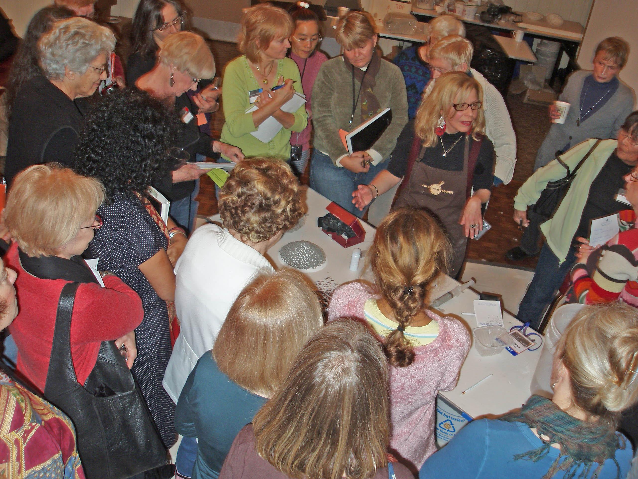 2012-11-02-AntonellaCimattiworkshopincaliforniapaperclayTODAYArtistSymposium.jpg